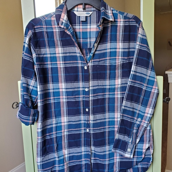 Old Navy Tops - Old Navy the Boyfriend shirt. Plaid